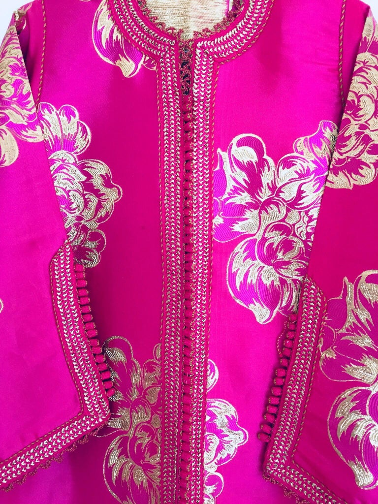 Vintage Designer Moroccan Caftan, Metallic Brocade Kaftan with Pink and Gold For Sale 12