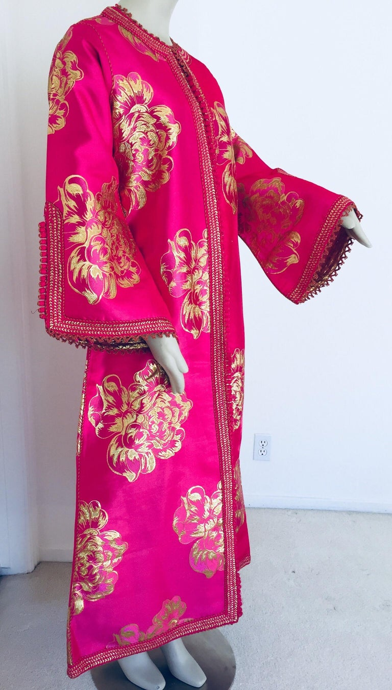 Hand-Crafted Vintage Designer Moroccan Caftan, Metallic Brocade Kaftan with Pink and Gold For Sale