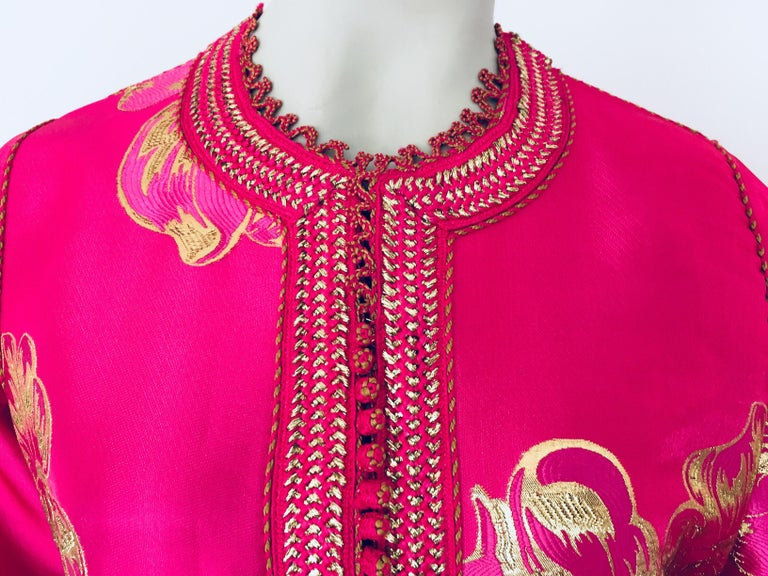 20th Century Vintage Designer Moroccan Caftan, Metallic Brocade Kaftan with Pink and Gold For Sale