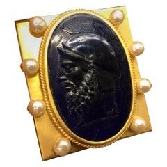 Vintage Designer Signed Linda Levinson Roman Coin Glass Medallion Golden Compact