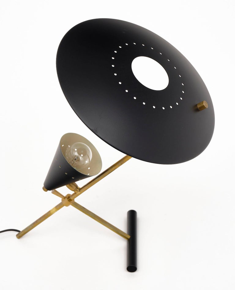 Italian Vintage Desk Lamp Attributed to Stilnovo For Sale