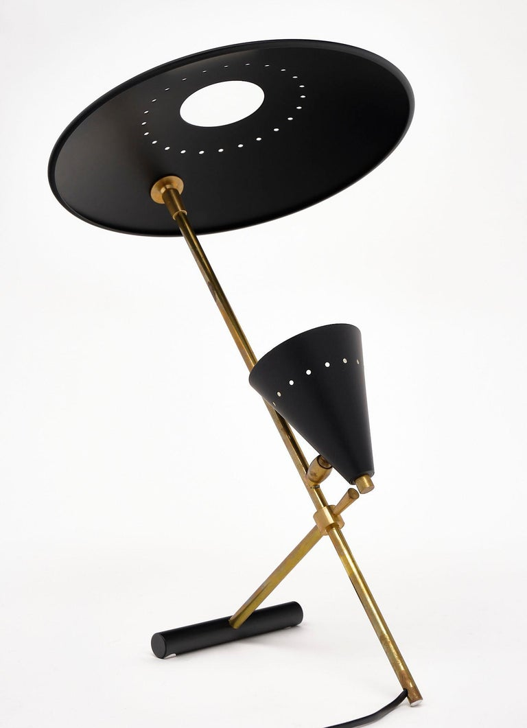 Vintage Desk Lamp Attributed to Stilnovo In Good Condition For Sale In Austin, TX