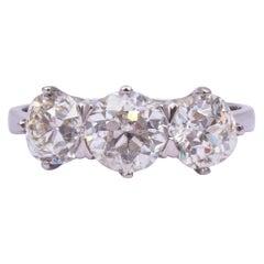 Vintage Diamond 18 Carat White Gold Three-Stone