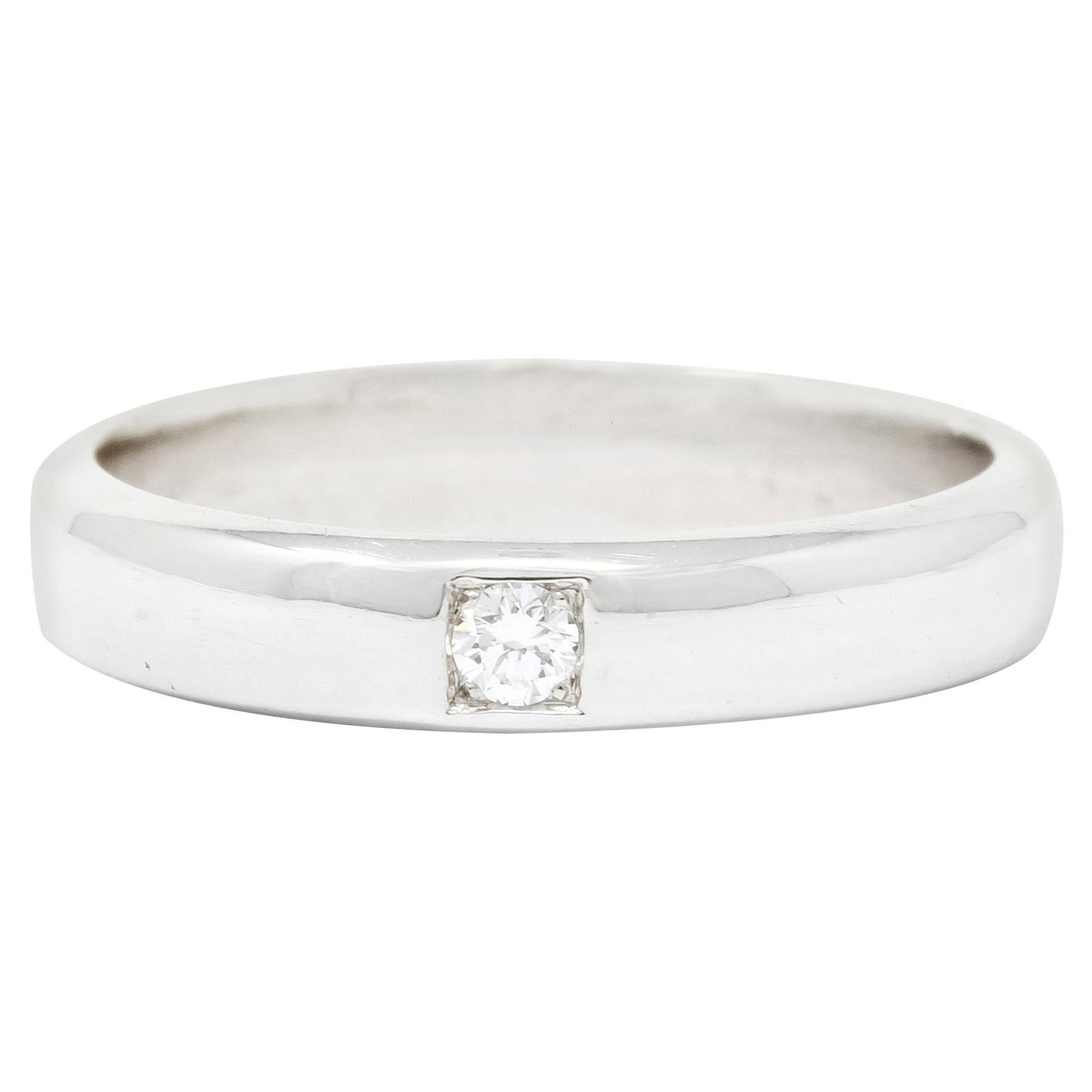 Vintage Diamond 18 Karat White Gold Wedding Band Ring, circa 1990