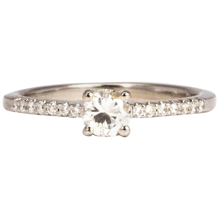 Vintage Diamond and 18 Carat White Gold Solitaire Ring For Sale