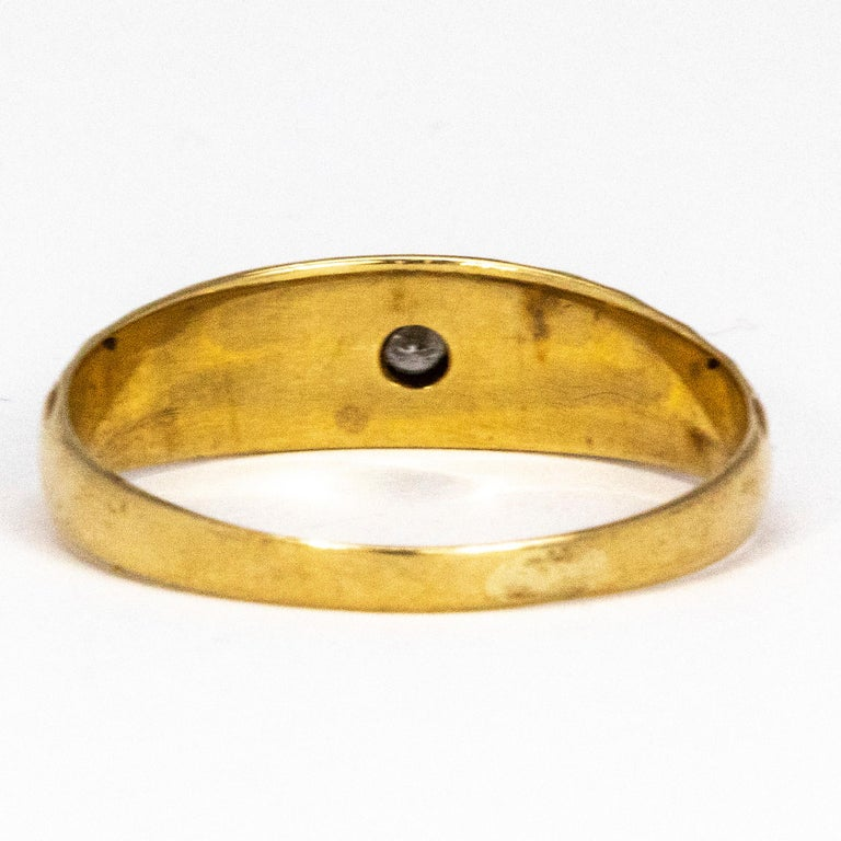 Vintage Diamond and 9 Carat Gold Gypsy Ring In Good Condition In Chipping Campden, GB