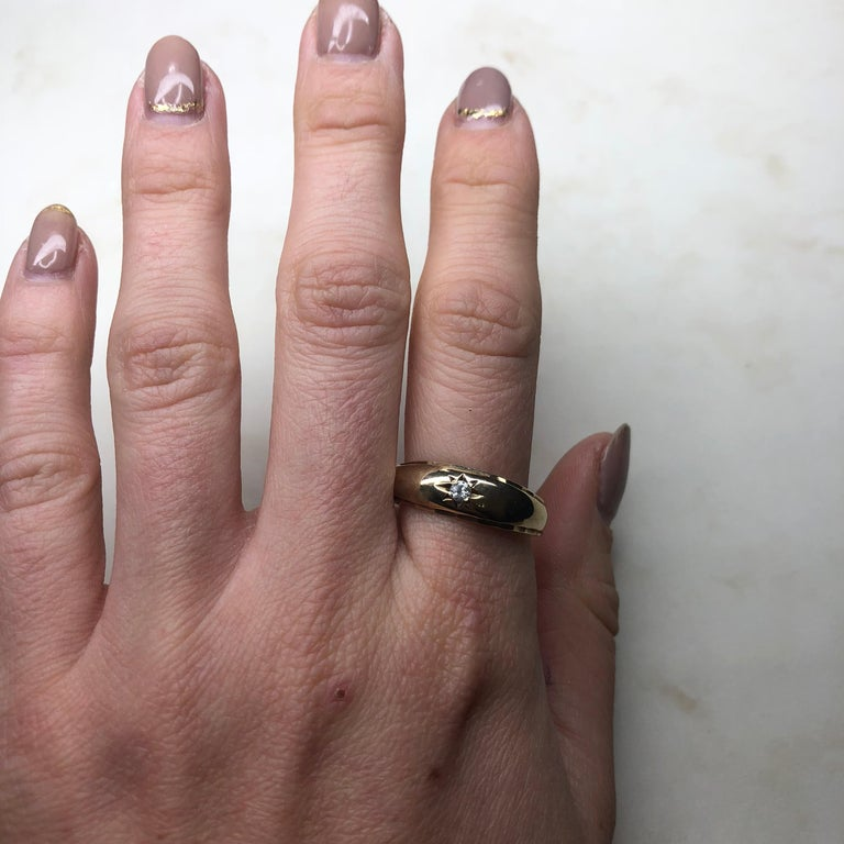 Vintage Diamond and 9 Carat Gold Gypsy Ring 1