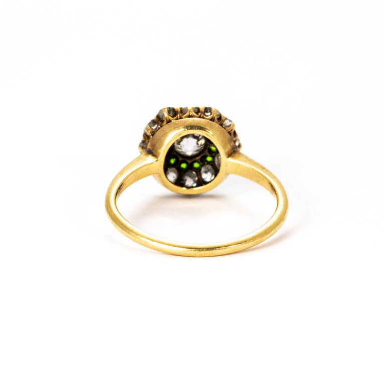 Belle Époque  Vintage Diamond and Demantoid Garnet 18 Karat Gold Cluster Ring For Sale