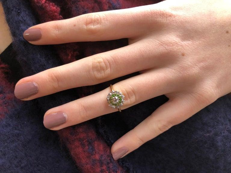 Women's or Men's  Vintage Diamond and Demantoid Garnet 18 Karat Gold Cluster Ring For Sale