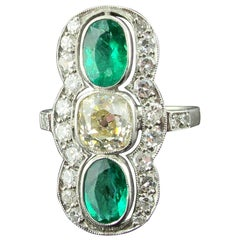 Vintage Diamond and Emerald Ring Set in Platinum, circa 1910
