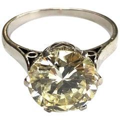 Vintage Diamond and Platinum Solitaire Ring