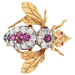 Vintage Diamond and Ruby Bee 18k Gold Brooch Pin