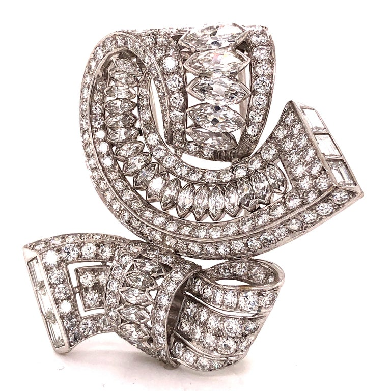 Art Deco Vintage Diamond Brooch Platinum 15.00 Carat For Sale