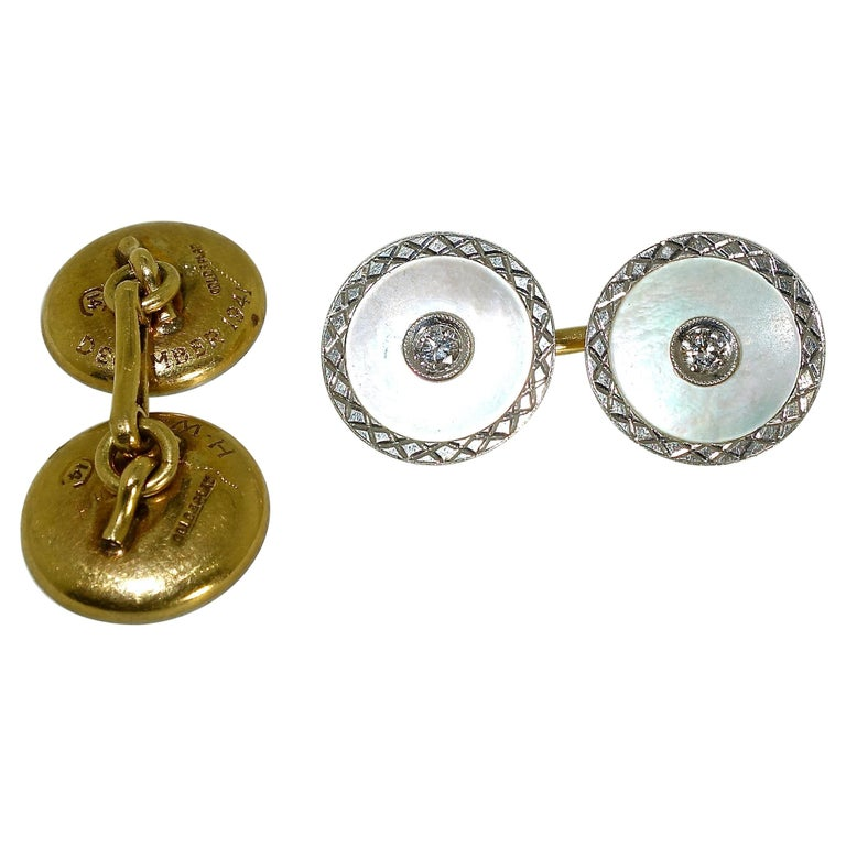 Vintage Diamond Cufflinks with Mother of Pearl in Platinum, circa 1925 For Sale