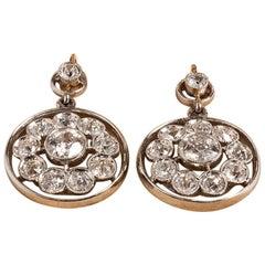 Vintage Diamond Earrings with 22 Diamonds, 18 Karat Yellow or White Gold