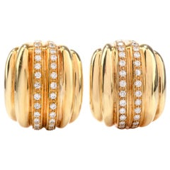 Vintage Diamond Italian 18 Karat Ribbed Clip-On Earrings
