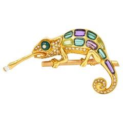 Vintage Diamond Multi-Gem 18 Karat Gold Carved Stone Chameleon Lizard Brooch