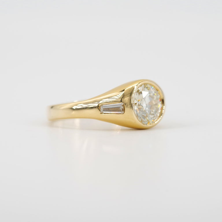 Men's Diamond Ring 2-Carat Midcentury European-Cut Sleek Unisex In Good Condition For Sale In Southbury, CT