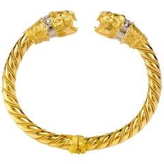 Vintage Diamond Ruby 18 Karat Gold Lion's Head Cuff Bangle Bracelet