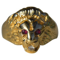 Vintage Diamond Ruby Lion Head 14 Karat Gold Cocktail Ring