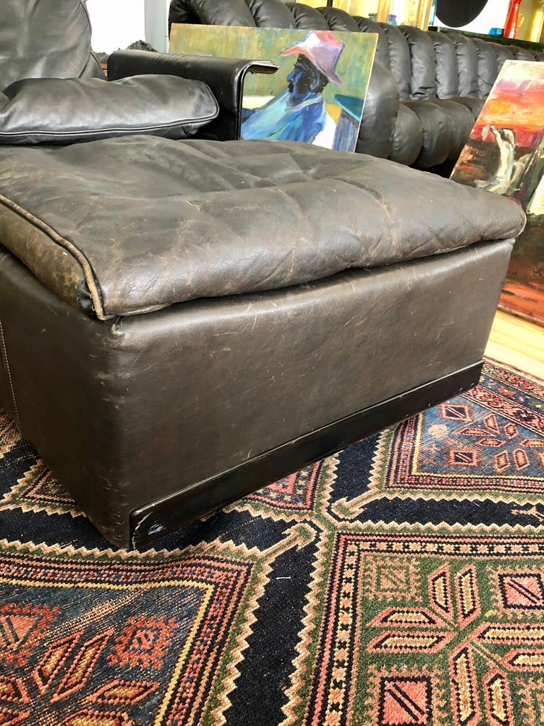 Mid-Century Modern Vintage Dieter Rams Model 620 for Vitsoe Black Leather Lounge Chair and Ottoman