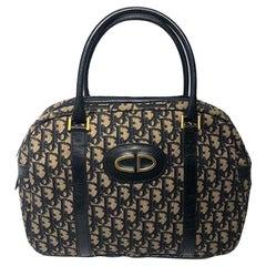 Vintage Dior handbag in the classic Dior-Oblique canvas Navy