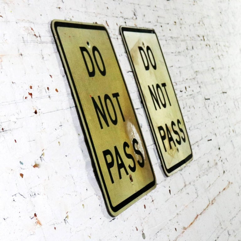 Vintage Do Not Pass Metal Traffic Signs In Good Condition For Sale In Topeka, KS