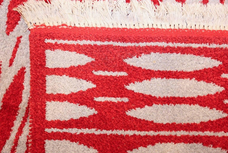 Swedish Vintage Double-Sided Scandinavian Rug. Size: 5 ft x 7 ft 5 in (1.52 m x 2.26 m) For Sale