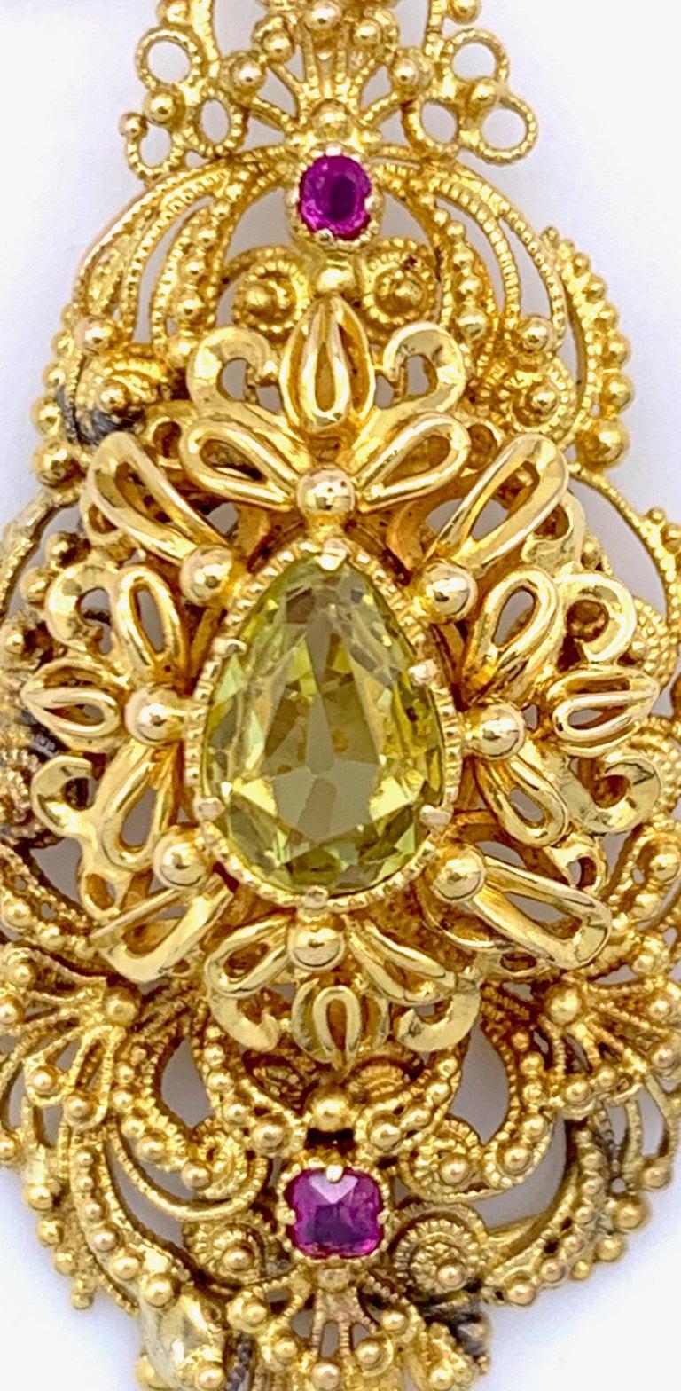 Women's Vintage Dragon Carved Jadeite Topas Ruby 18 Karat Gold Brooch with Pendant For Sale