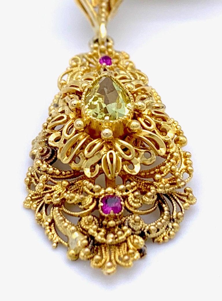 Vintage Dragon Carved Jadeite Topas Ruby 18 Karat Gold Brooch with Pendant For Sale 1
