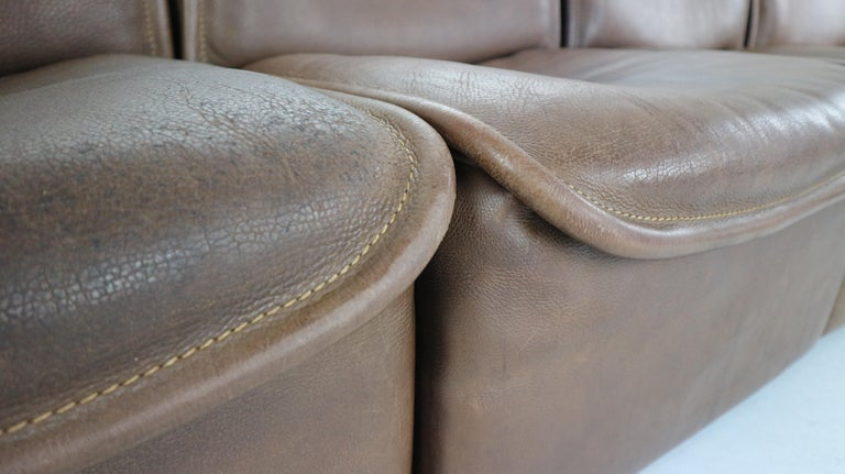 Vintage DS-12 Four-Seat Brown Leather Sofa by De Sede, Switzerland, 1970s For Sale 10
