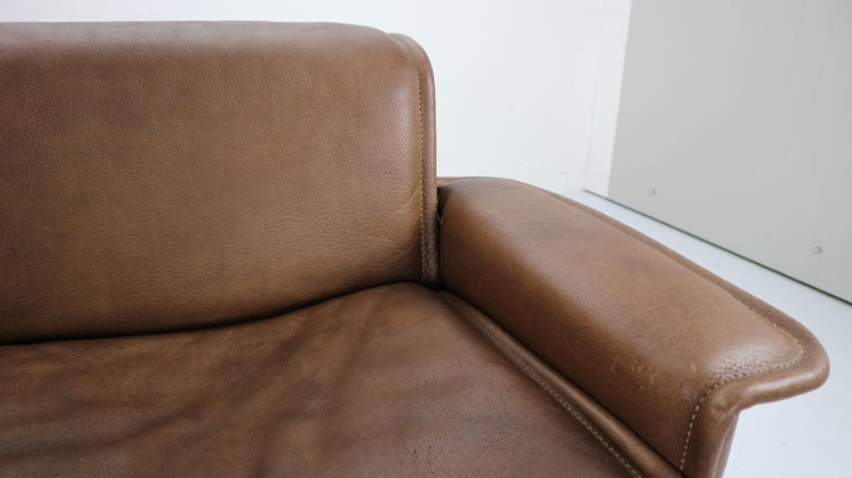 Vintage DS-12 Four-Seat Brown Leather Sofa by De Sede, Switzerland, 1970s For Sale 12