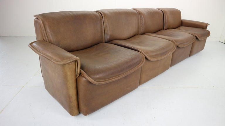 Vintage DS-12 Four-Seat Brown Leather Sofa by De Sede, Switzerland, 1970s For Sale 1