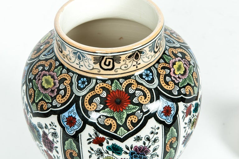 Early 20th Century Vintage Dutch Porcelain Covered Urn For Sale