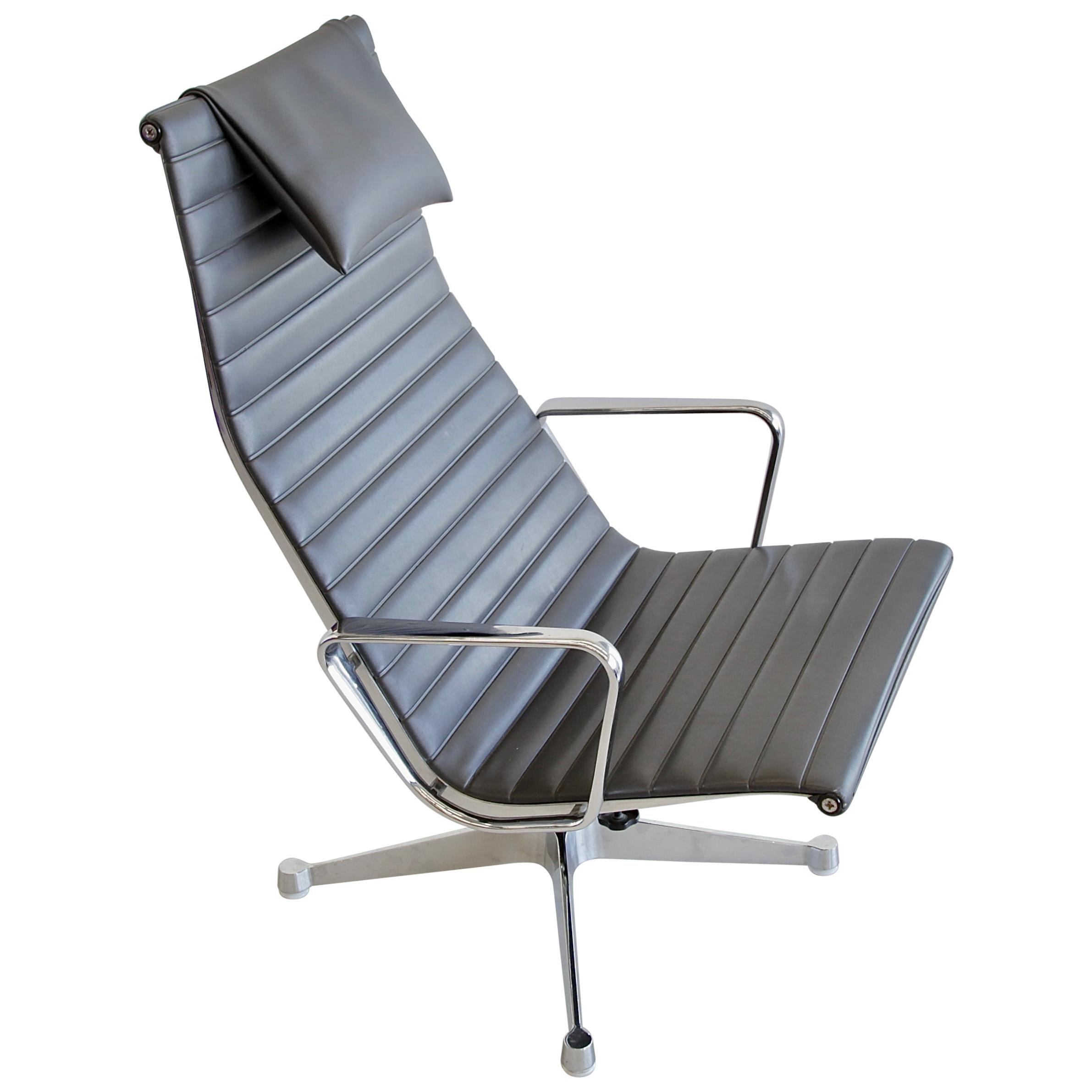 Vintage EAMES Aluminium Swivel Chair EA124