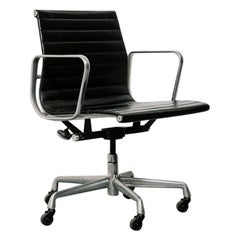 Vintage Eames Aluminum Group Chair in Black Leather