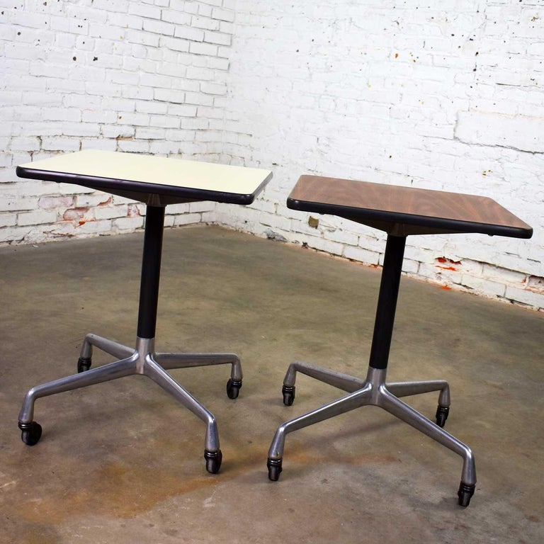 20th Century Vintage Eames for Herman Miller Square Rolling Side Table Universal Base For Sale