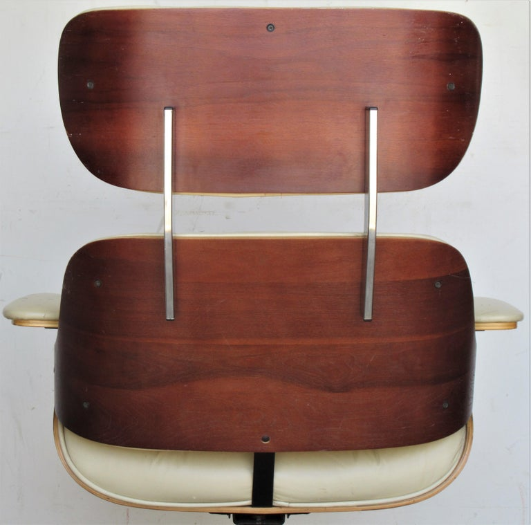 Vintage Eames Style Lounge Chair and Ottoman For Sale 5