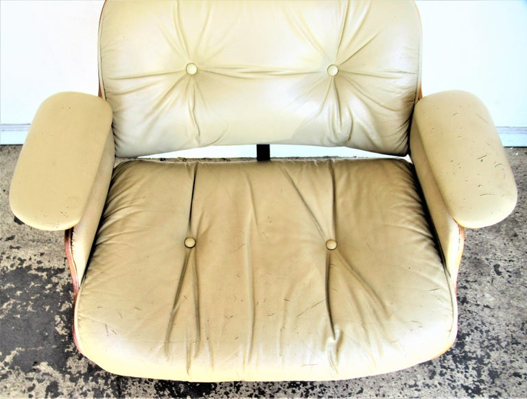 Vintage Eames Style Lounge Chair and Ottoman For Sale 8