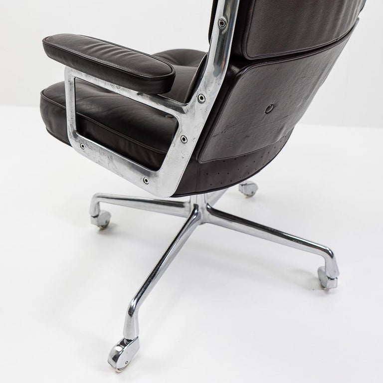Late 20th Century Vintage Eames Time Life Lobby or Executive Chair, 1970s For Sale