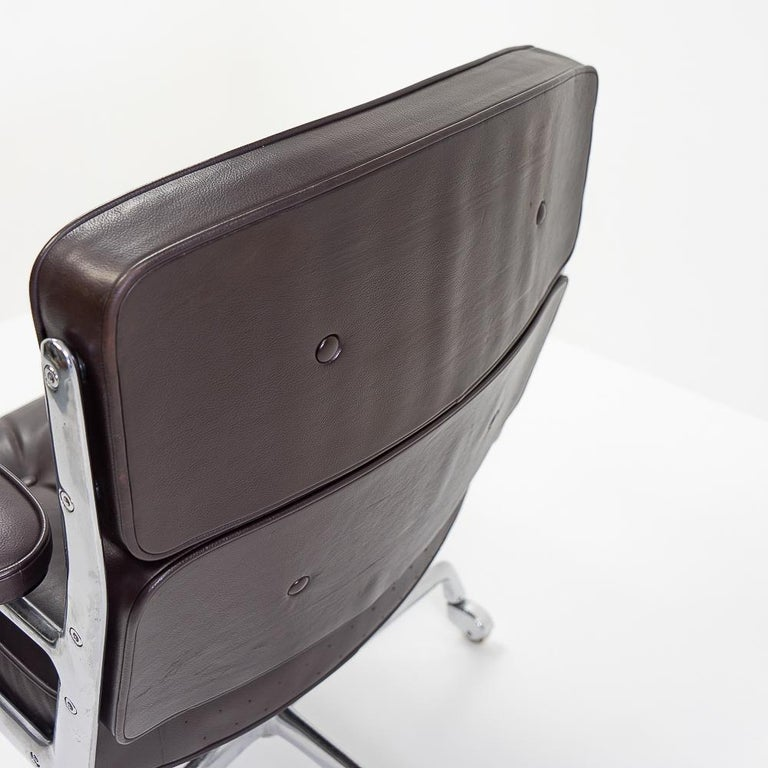 Metal Vintage Eames Time Life Lobby or Executive Chair, 1970s For Sale