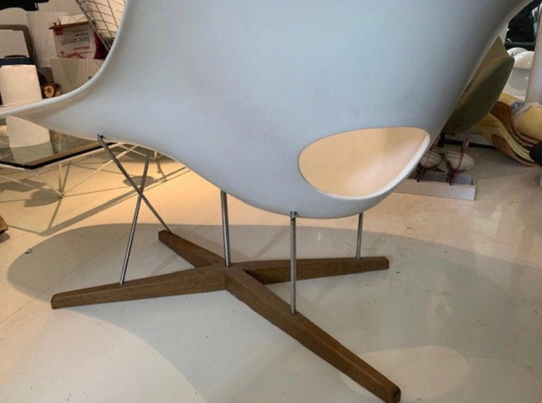 Vintage Eames Vitra La Chaise Chair, Original, Fiberglass First Generation, 1993 For Sale 2