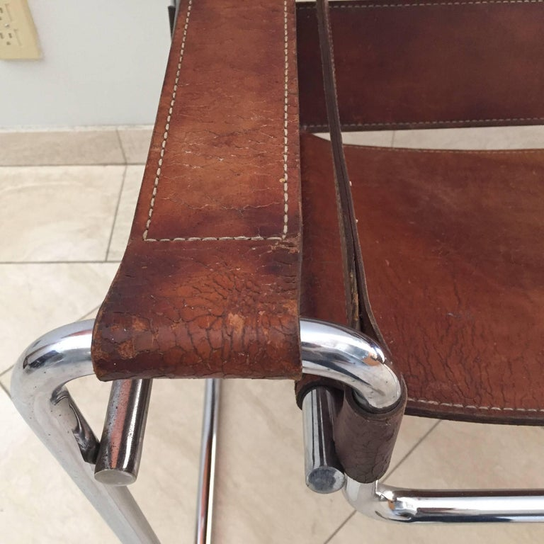 Vintage Early Original Marcel Breuer Wassily Chair for Knoll in Brown Leather For Sale 3