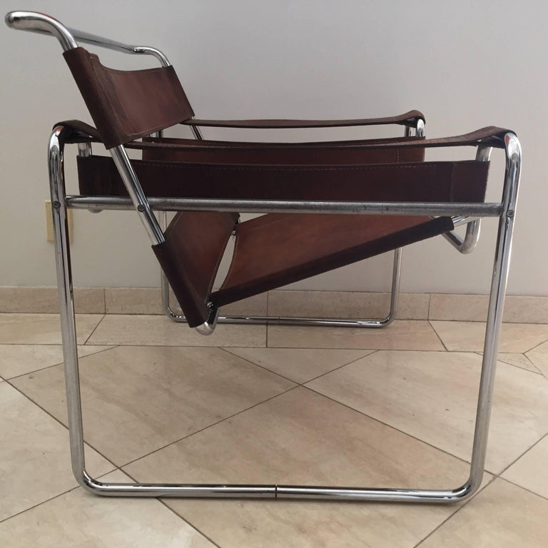 Vintage Early Original Marcel Breuer Wassily Chair for Knoll in Brown Leather For Sale 9