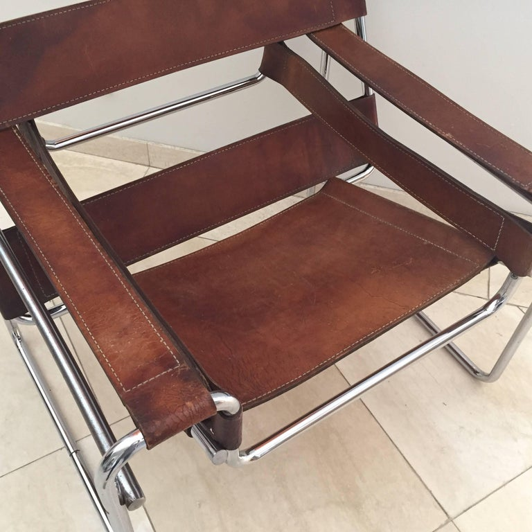 Vintage Early Original Marcel Breuer Wassily Chair for Knoll in Brown Leather For Sale 12