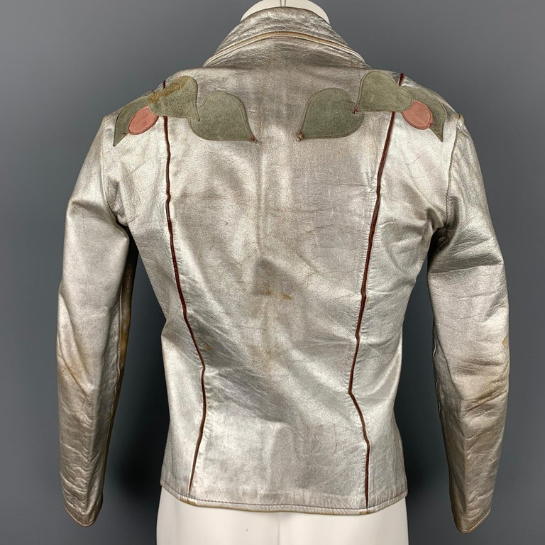 Women's or Men's Vintage EAST WEST MUSICAL INSTRUMENTS Janti Size XL Silver Hand Painted Jacket For Sale