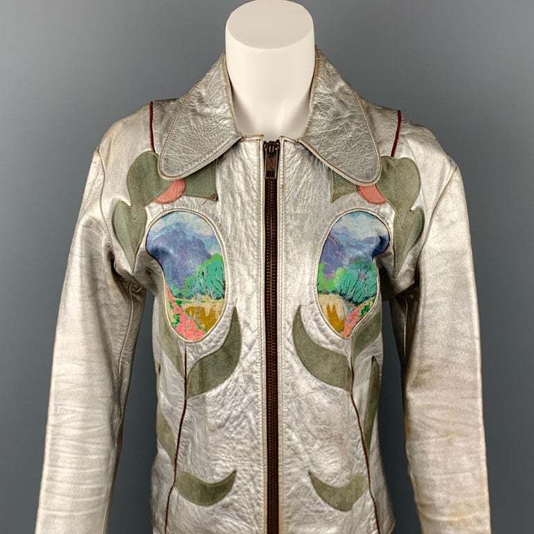 Vintage EAST WEST MUSICAL INSTRUMENTS Janti Size XL Silver Hand Painted Jacket For Sale 4