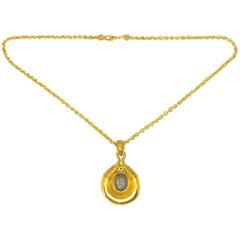 Vintage Egyptian Revival 22 Karat Yellow Gold Necklace, circa 1930