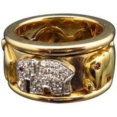 Vintage Elephant Ring with Diamonds and Rubies, 18 Carat Gold