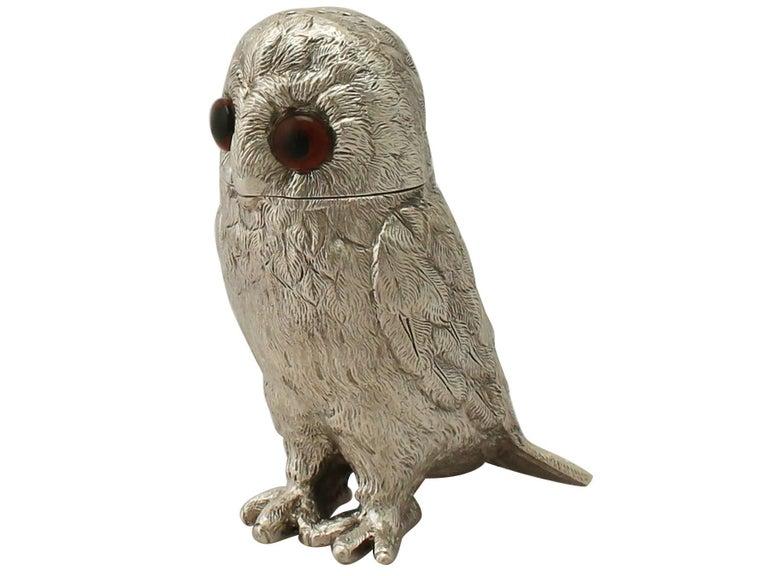 Vintage Elizabeth II Sterling Silver Owl Pepperettes For Sale 1